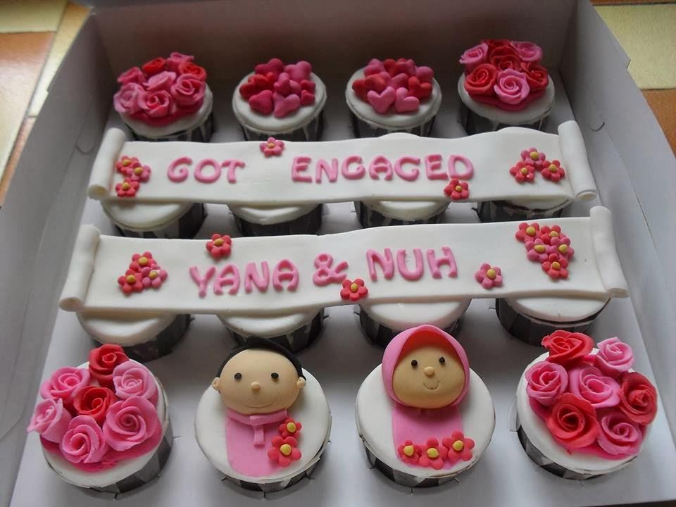 Cupcake Hantaran (Fondant/Edible Image/ButterCream)