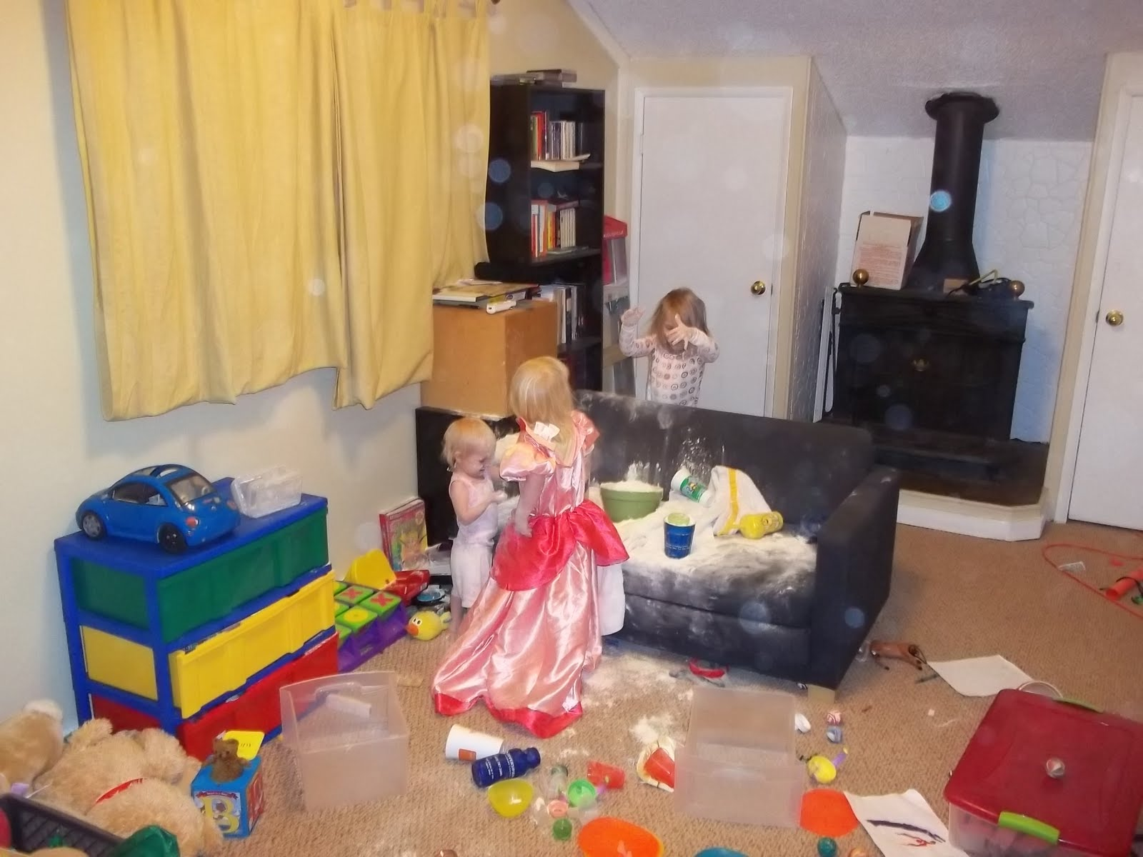 How to clean your living room in 5 minutes - Yes Friends That Is Flour About 3lbs Worth Of It Too I M Guessing That Was Not Fun To Clean Up I Pulled Out The Vacuum But Of Course The Princess