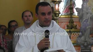 Multidão lota igreja em Picuí para recepcionar novo pároco