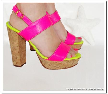 Zapas by Luna zapatos y sandalias moda 2013 Argentina.