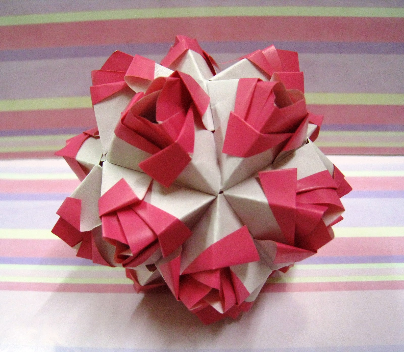 Incredible Origami Maniacs Little Roses Kusudama By Maria Sinaskaya Wiring Digital Resources Anistprontobusorg