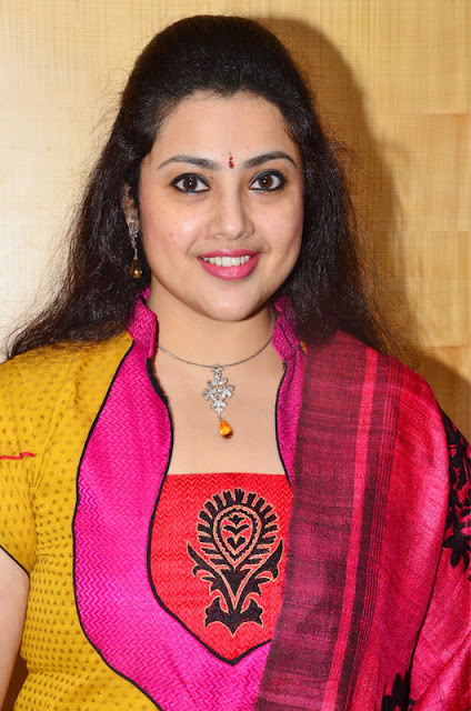 Meena HD Wallpaper