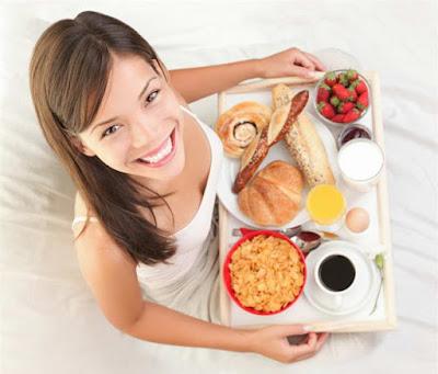 Ăn sáng như vua, trưa như hoàng hậu