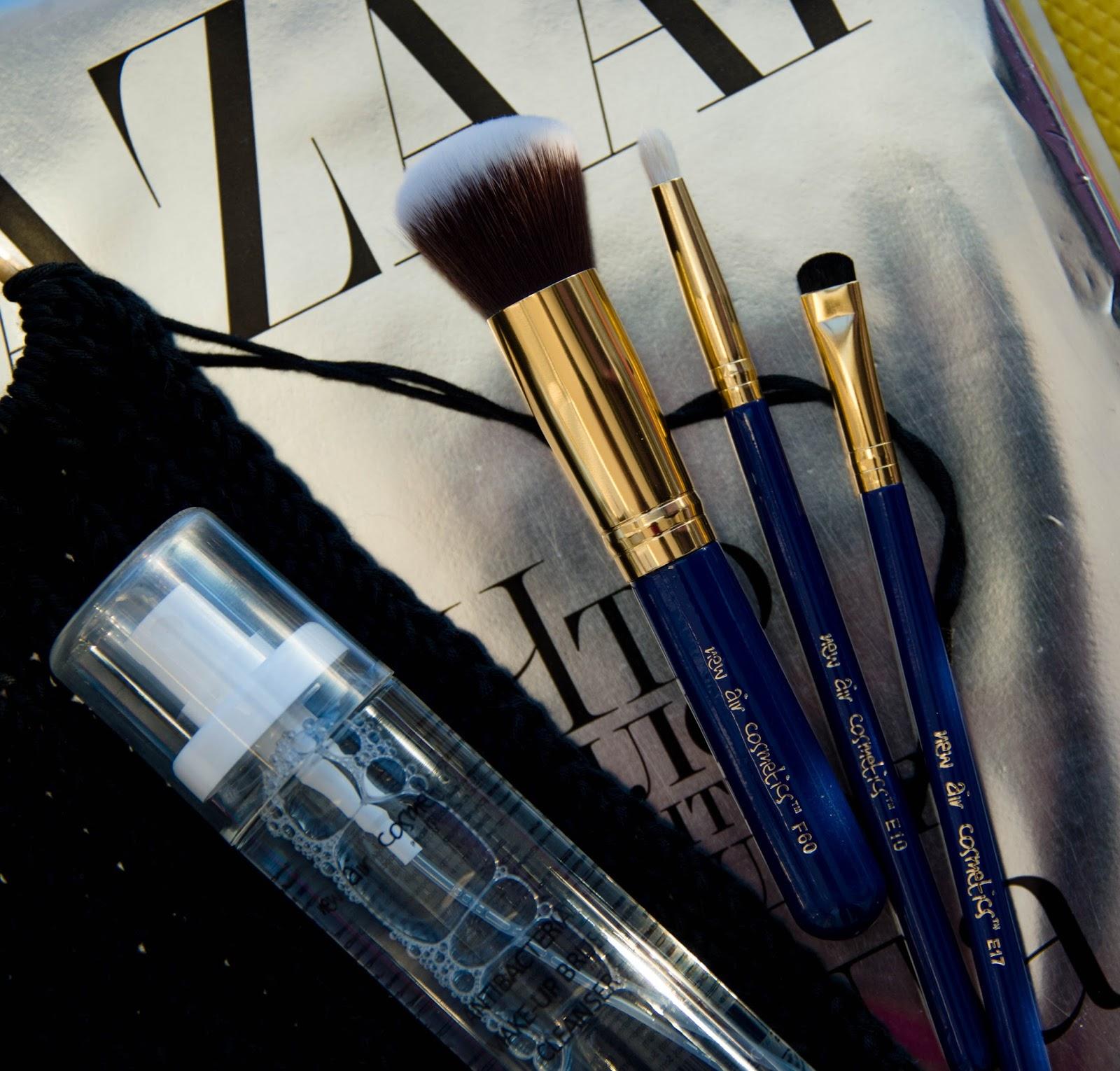 Очиститель кистей макияж