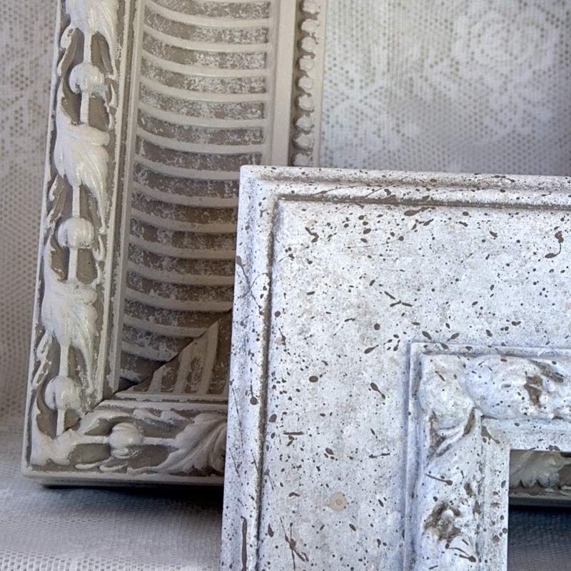 Details in the decor diy shabby chic white frame for wall for Shabby chic frames diy
