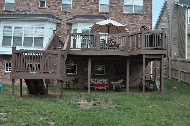 Deck before and after emily ann interiors for Definition of a balcony
