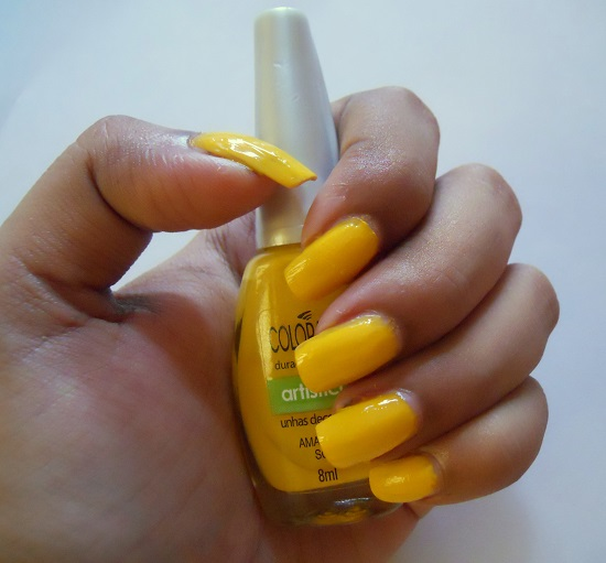 Maybelline Colorama Nail Paint in Amarelo Sol- Review & NOTD+colorama nail polish online
