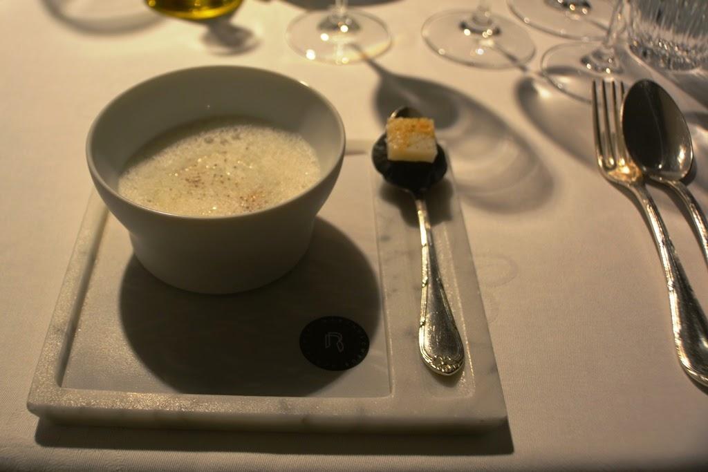 Restaurant Bartholomeus mussel soup