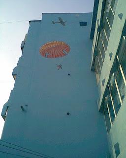 Graffiti Parasutist