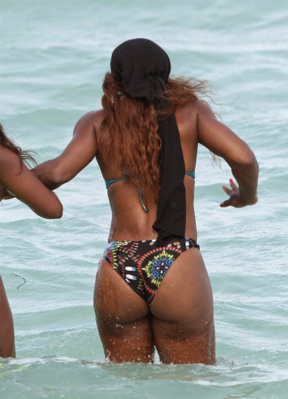 Serena Williams Shows New BIKINI Butt In Miami
