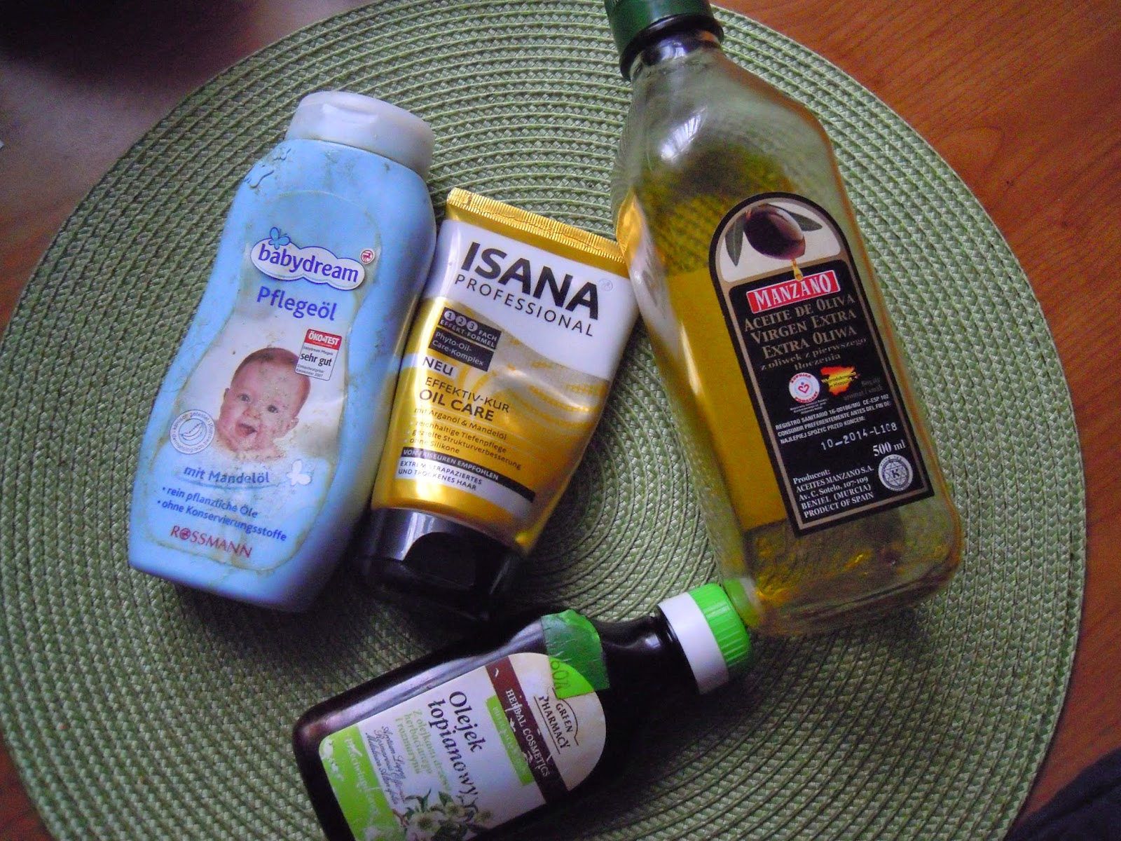 Akcja dla włosomaniaczek ! Dbajmy o włosy poprzez cykliczne olejowanie