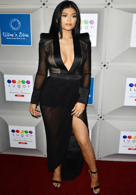 kylie jenner dress 2015