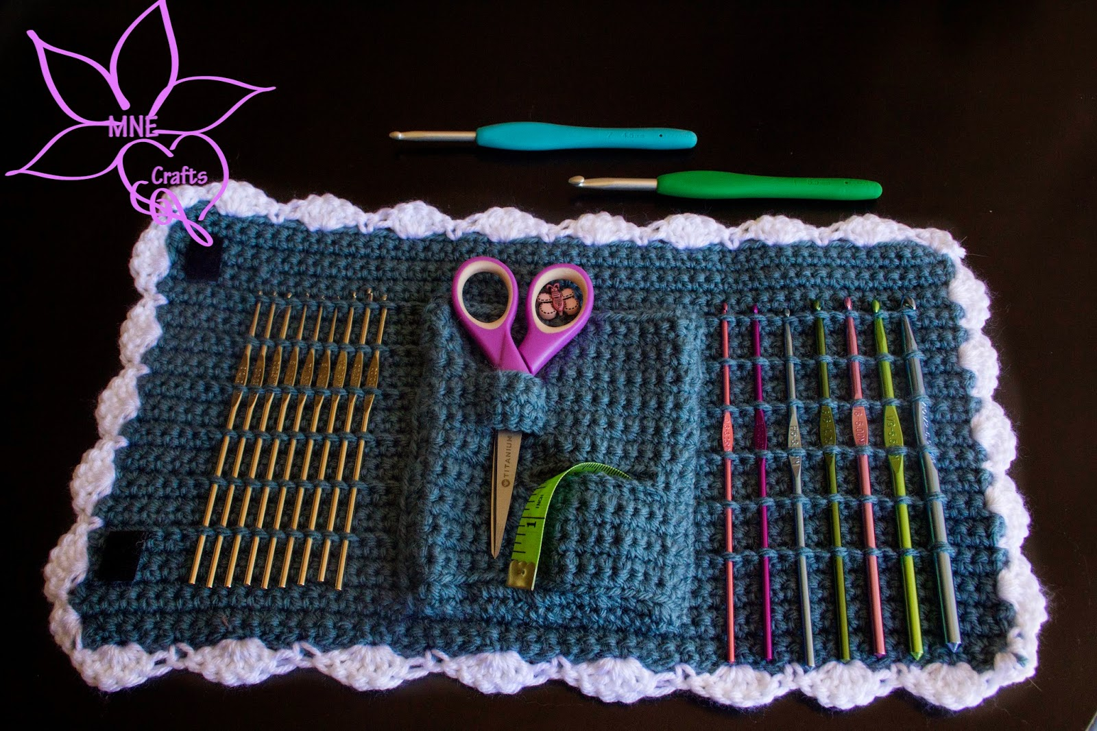 Crochet I Hook : MNE Crafts: Random Pattern Find - Crochet Hook Case