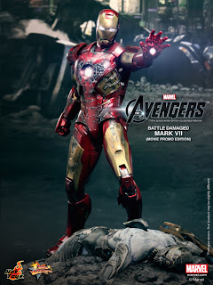 Hot Toys Avengers Iron Man Mk VII Battle-Damaged Exclusive Figure