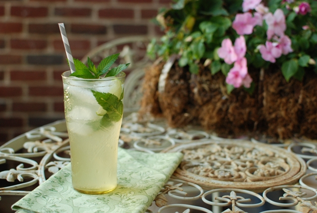 Simply So Good: Homemade Ginger Ale