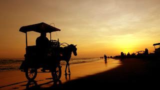 Sunset di Pantai Parangtritis Yogyakarta