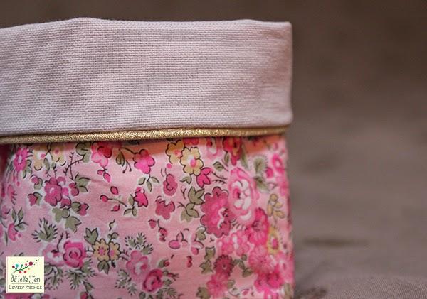 MelleJen - Vides poches liberty rose - détail passepoil doré