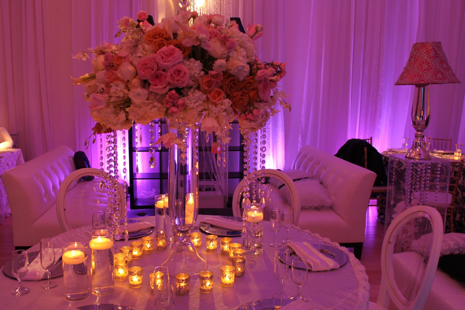 Weddings florist washington dc for Floral arrangements for wedding reception centerpieces