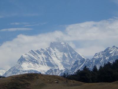 Gorson Top, Nanda Devi, Gorson Bugyal, Auli, Garhwal, Uttarakhand, weekend getaway, Himalayas, trek