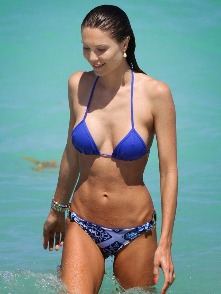 Julia Pereira was snapped to enjoying a lonely strolled at the beach in Miami, FL, USA on Wednesday, May 7, 2014.