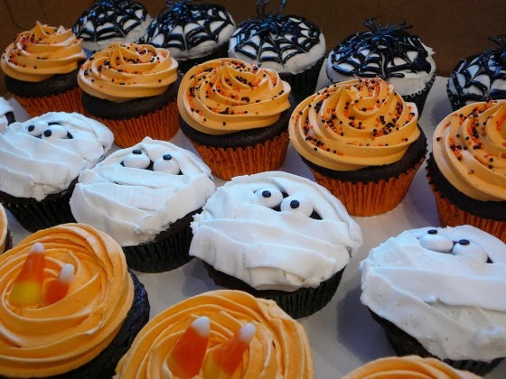 Halloween Cupcake Decorating Ideas : Healthiana: Halloween Cupcake Decorating Ideas
