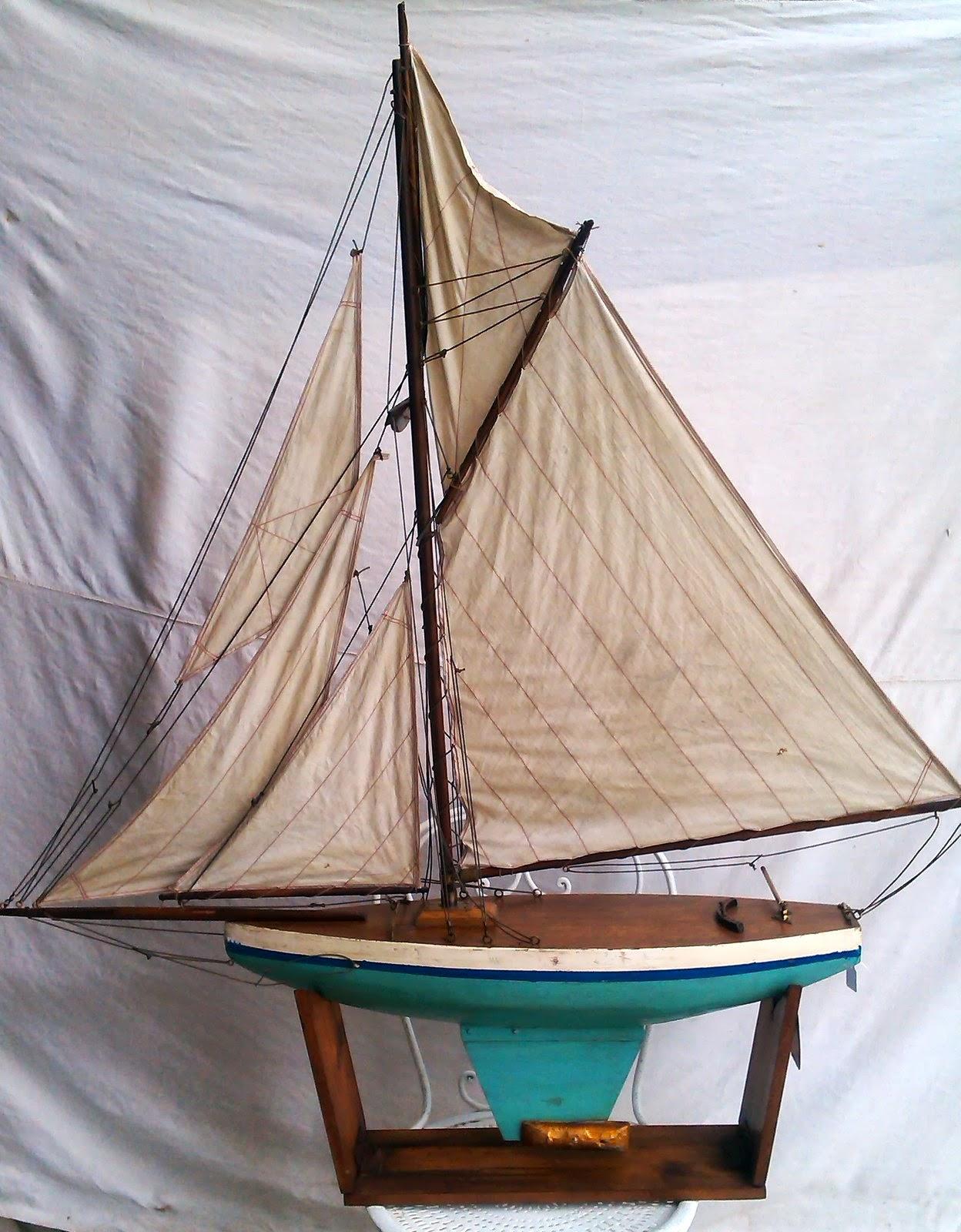 Mark chapman antiquites voilier de bassin 2 - Voilier de bassin ancien nanterre ...
