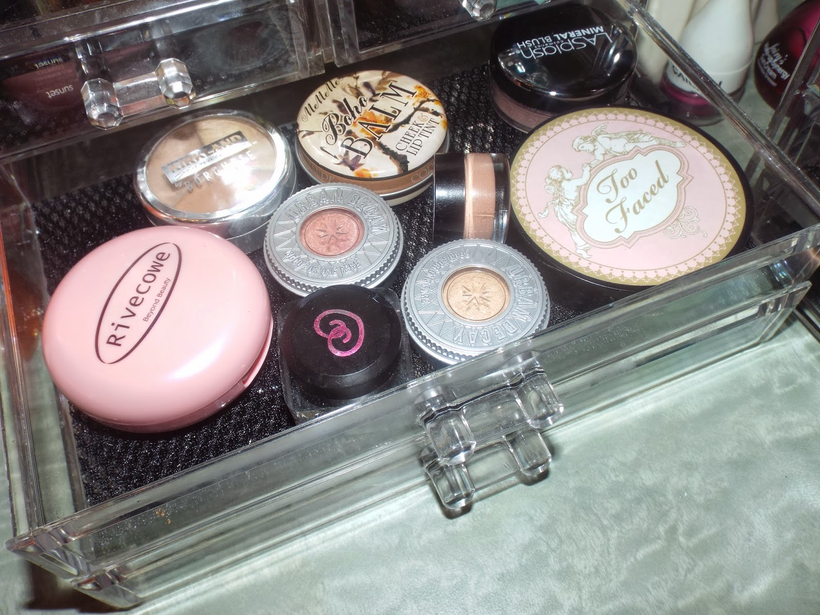 Blushes, concealers & More