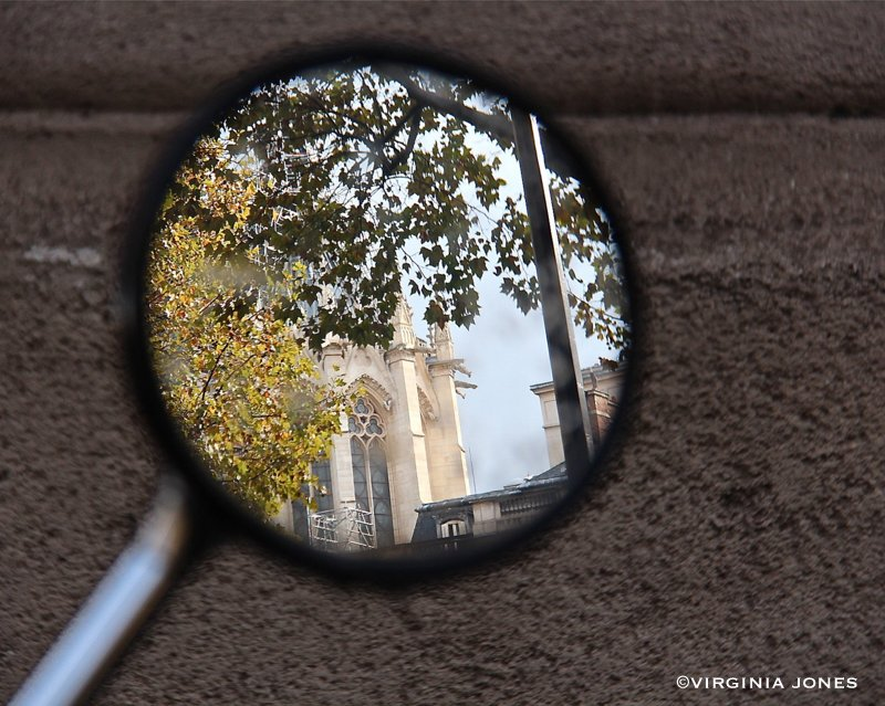 Paris through my lens dans la miroir for Miroir venitien paris