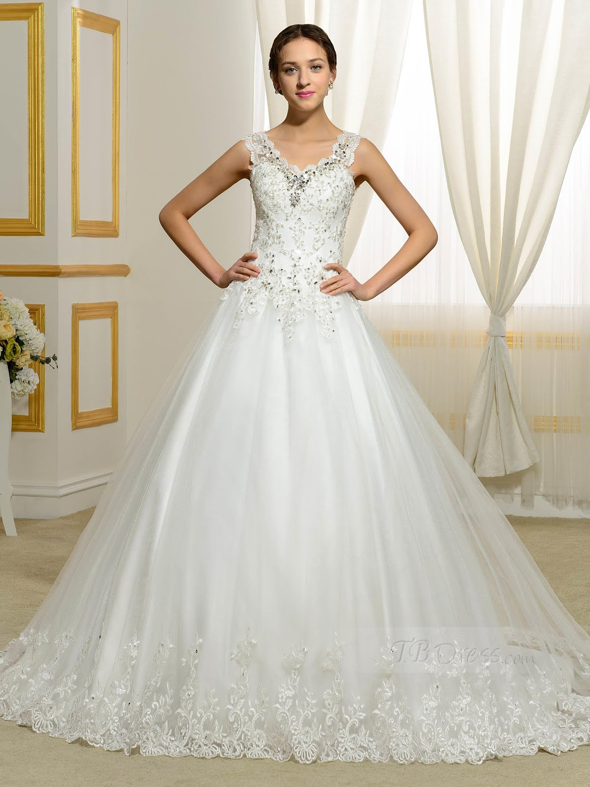 Beautiful ball gown wedding dresses design for Elegant ball gown wedding dresses