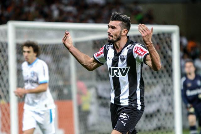 Dátolo deve ser mantido no posto de titular contra a Chape (Foto: Bruno Cantini/Atlético-MG)