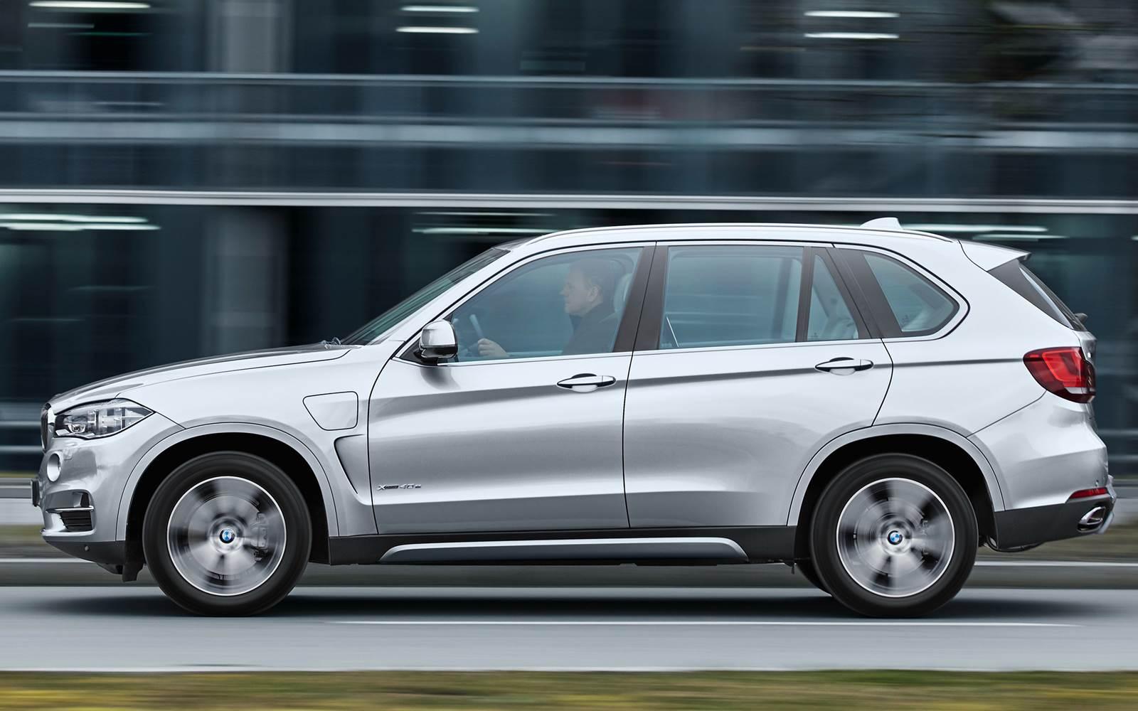 Novo BMW X5 2015 xDrive40e híbrido plug-in