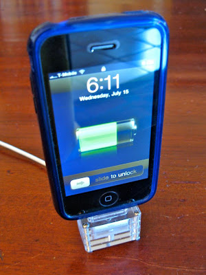 Unique iPhone Holders and Unusual iPhone Holder Designs (15) 7