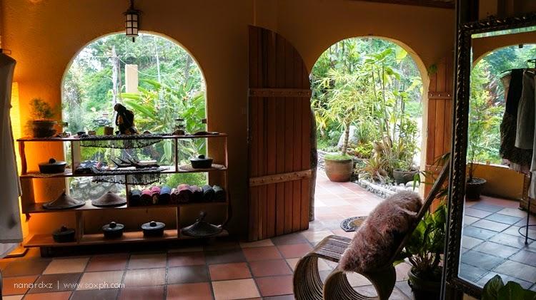 discover bob nowong restaurant in lake sebu i love south
