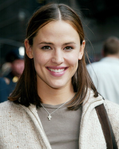 Jennifer Garner hot