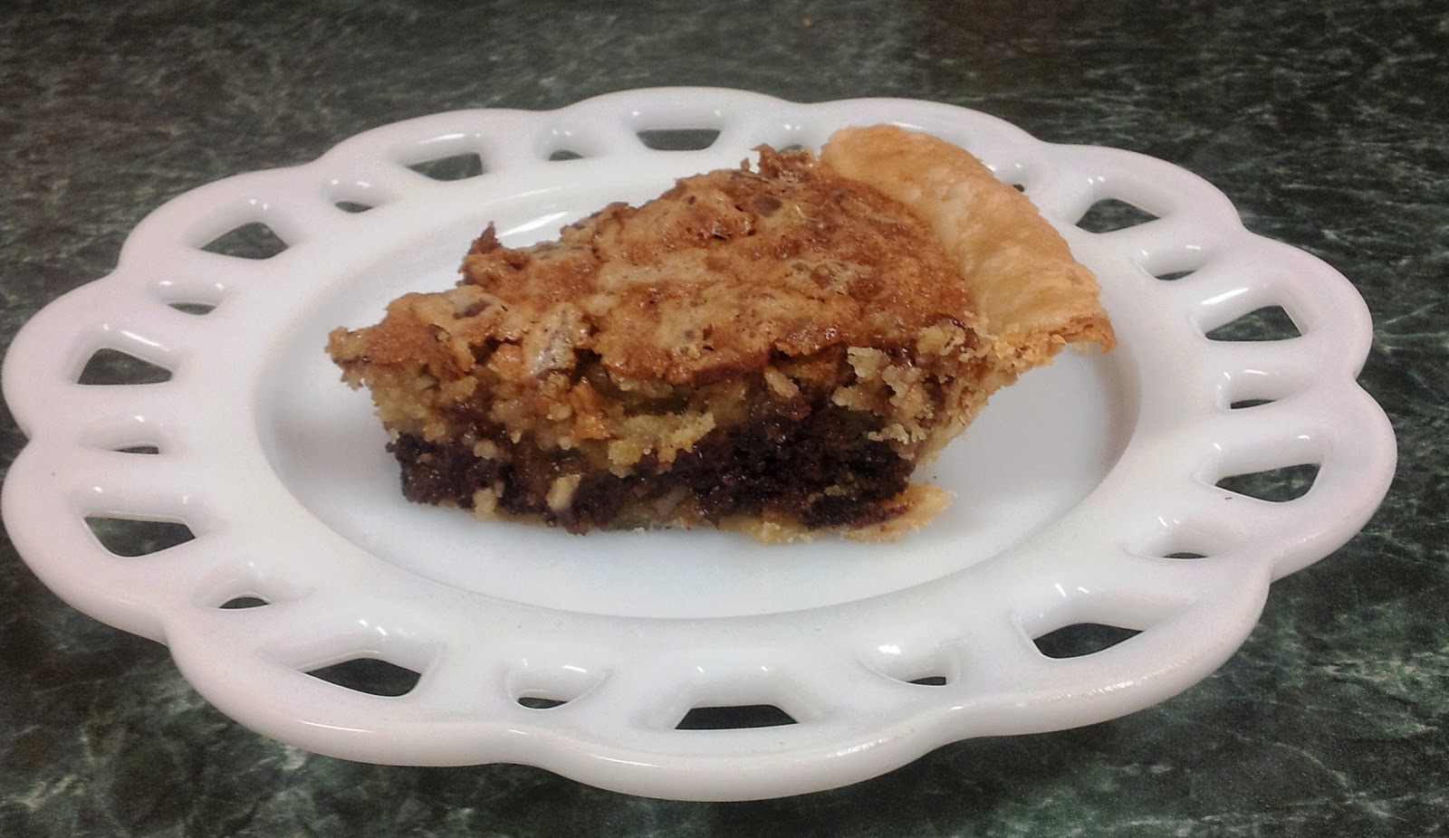 Debbi Does Dinner... Healthy & Low Calorie: Chocolate Chip Cookie Pie