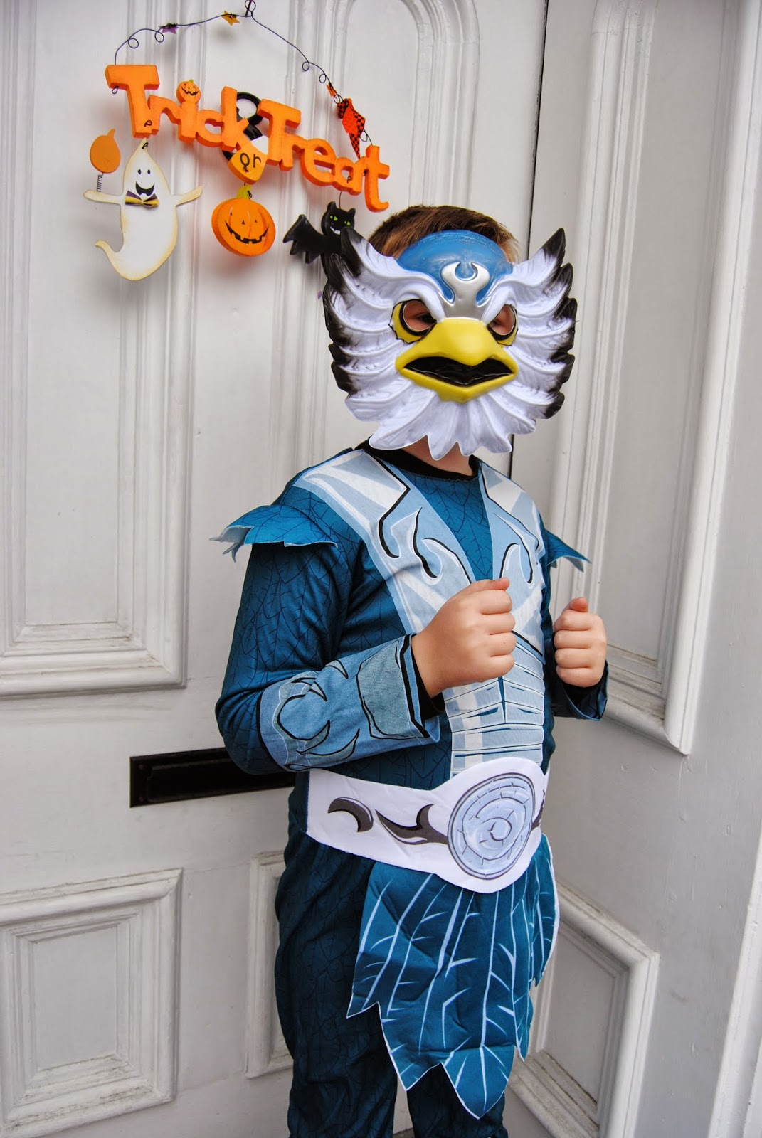 Skylanders Halloween Costumes Review & Mommau0027s Gone Over the Wall: Skylanders Halloween Costumes: Review