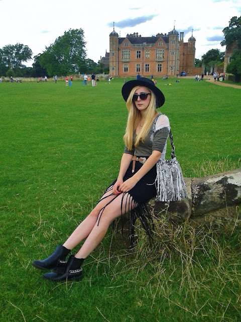 UK Fashion and Personal Style Blogger