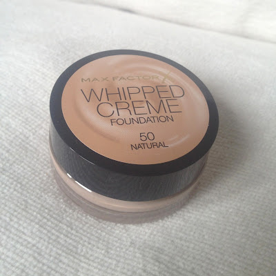 max-factor-whipped-creme-foundation-review
