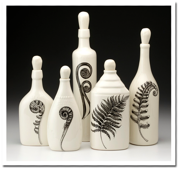 Laura Zindel - Fern Bottle Set