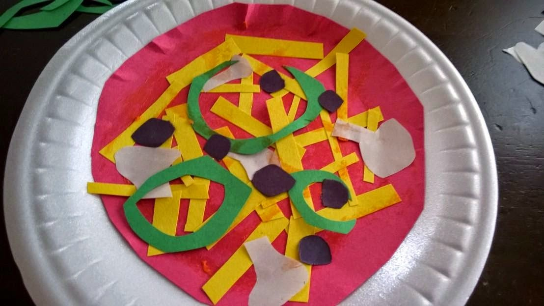 & Paper Plate Pizza Craft - Woman of Many Roles