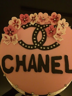 Tarta Chanel