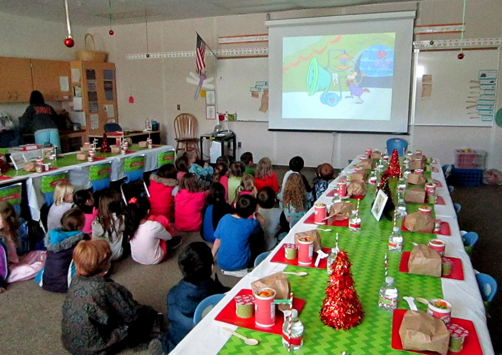 sweeten your day events grinch classroom party - How The Grinch Stole Christmas Decorating Ideas