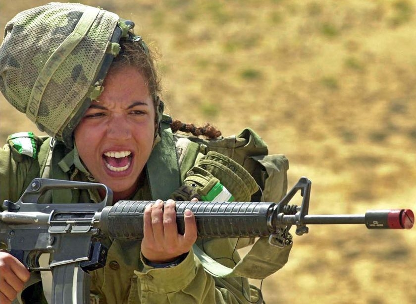 a discussion on women serving in combat Hello, i'd be very grateful if someone could proofread the below essay on whether women should or should not be allowed to enter combat many thanks in advance lenka.