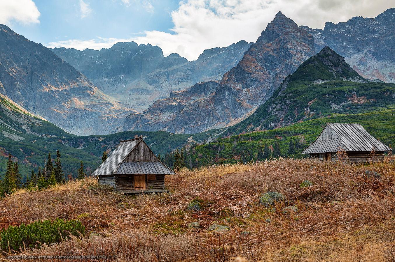Mountain huts in Hala Gąsienicowa