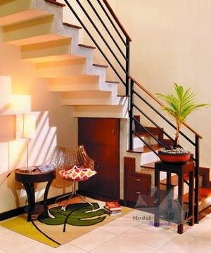 penataan ruang bawah tangga secara publik ~ desain rumah