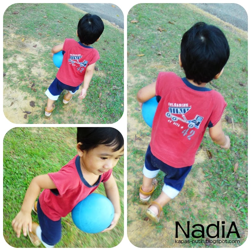 Asyraf loves playing ball