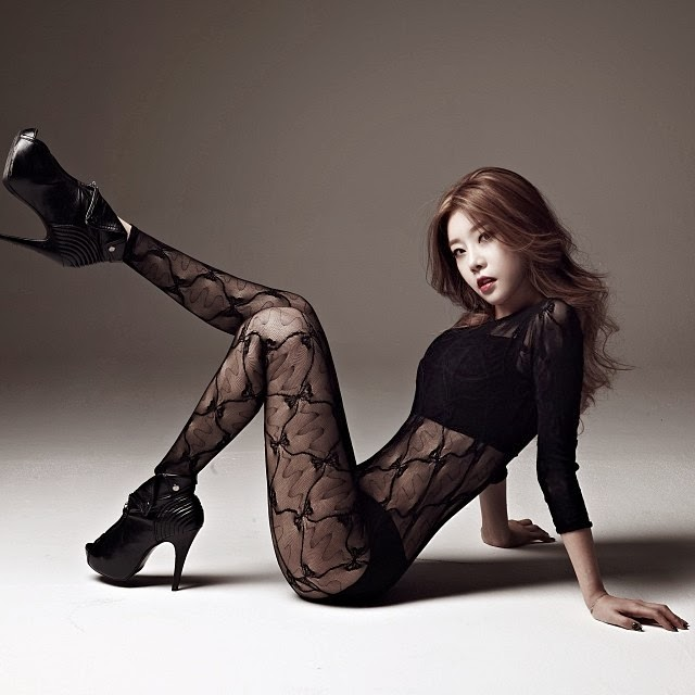 Sojin Girl's Day Something Concept Photo