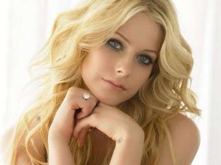 Singer Avril Lavigne