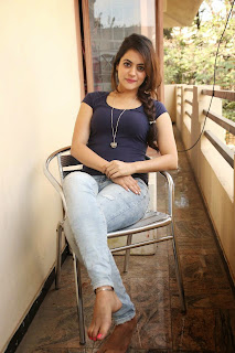 Actress Shruti Sodhi  Stills in Jeans at Pataas Movie Press Meet CelebsNext 9.JPG