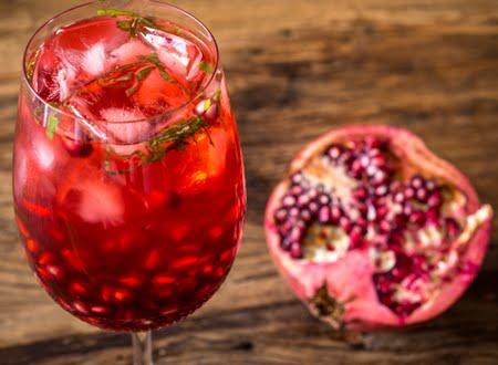 Resultado de imagem para drink com romã